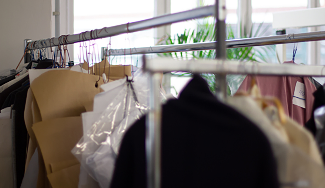 Clothing racks and patterns at 110prozentig